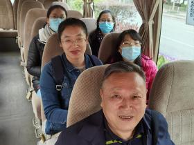思政部全体思政老师到深圳职业技术学院参加学术座谈
